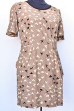 Load image into Gallery viewer, Kate Sylvester flying fish pattern dress, size S