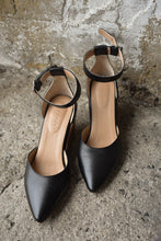 Load image into Gallery viewer, Trenery black wedge heels, size 38