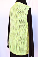 Load image into Gallery viewer, Pastel green retro wool vest, size M