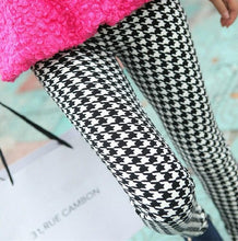 Load image into Gallery viewer, YRRETY Graffiti Leggings Floral Patterned Print Leggins For Women Leggings Houndstooth Sale Elastic Design Vintage Leggins 2019