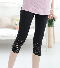 Load image into Gallery viewer, M-XXL Casual women leggings Summer Cotton Knitted Flower Solid Color Midi Leggins Work Out Girls Leggings Stretched Pants