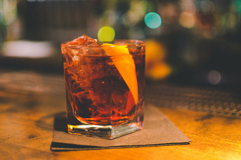 Cocktail Negroni à l'écorce d'orange