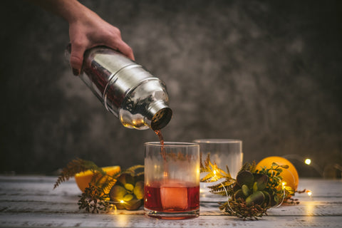 Making a Negroni - NIO Cocktails