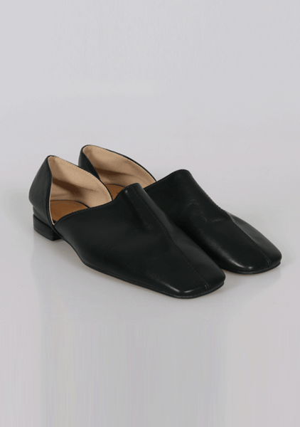 Young Again Square Flat Mules