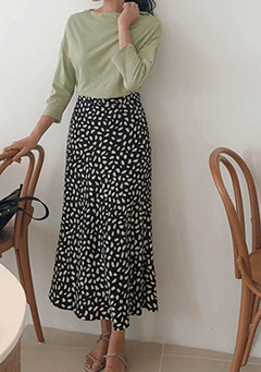 Asking Questions Midi Skirt
