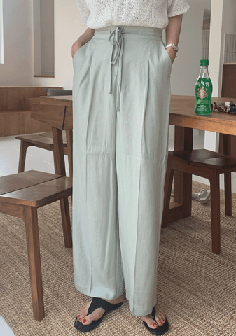 Your Light Is Back On Wide Linen Pants