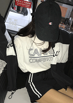Cannes Competition Oversized T-Shirt
