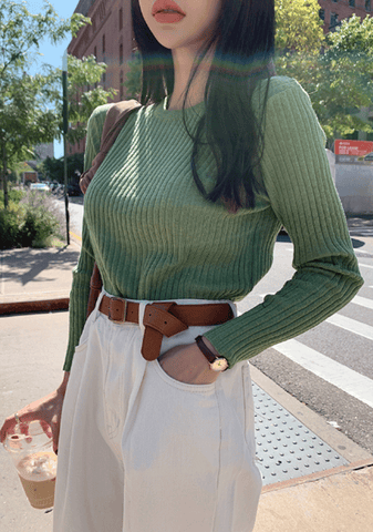 Central Terminal Ribbed Knit Top