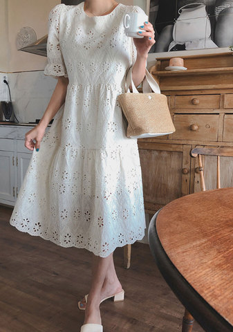 Blinking Lace Puff Dress