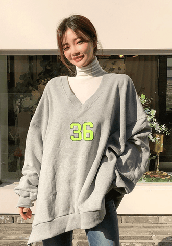 Deep V-Neck Loose Fit Napped Sweatshirt