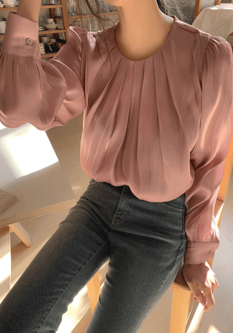 Bigger And Magnificent Pleated Blouse