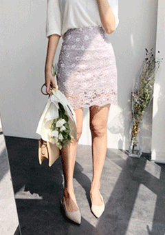 Flower Bloom Lace Mini Skirt