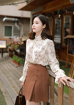 Old Flower Printing Blouse