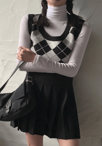 I Will Go My Way Argyle Knit Vest