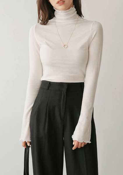 Feminine Slim Turtleneck Tee