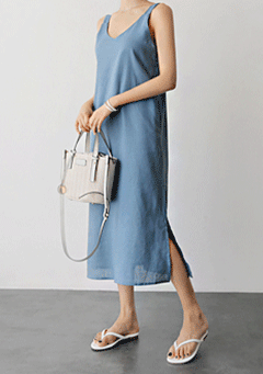William Sleeveless Dress