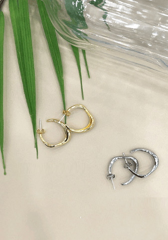 Something Popular Hoop Earrings