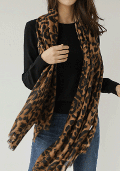 Science of Trust Leo Print Scarf