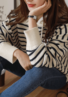Beautiful Crazy Stripes Knit Hoodie
