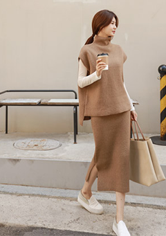 Lambswool Vest + Skirt Knit Set
