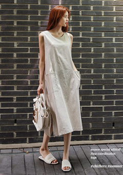 Front Pocketed Casual Dress