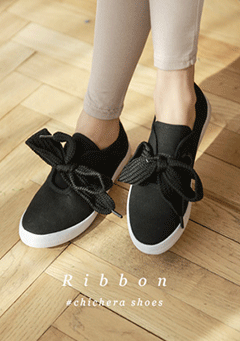 Tied Ribbon Slip On Shoes