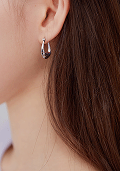 Thick Clip Earring