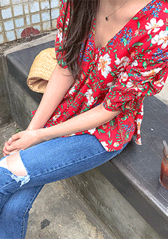 Floral Shirring Blouse