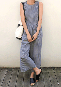 Life And Style Maxi Legs Jumpsuit