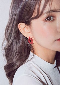 Love At First Bite Earrings