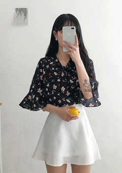 Marconi Ribbon Neck Flower Print Blouse