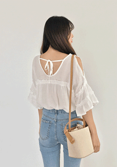 Delicate Attachment Open Shoulder Blouse