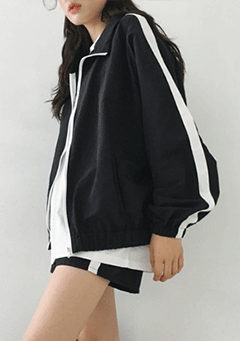 Chandler Stripes Side Jacket Shorts Set