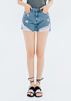 Vintage Mood Distressed Denim Shorts