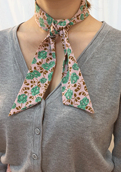 Breathe Floral Scarve