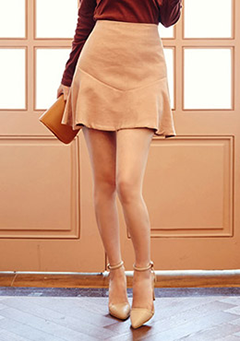 Banded Back Flare Skirt