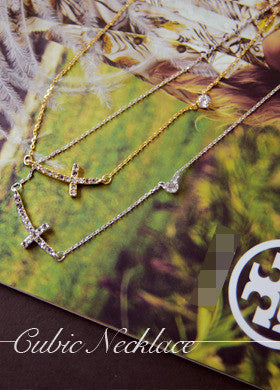 BUBBLE N CHIC<BR>Curve Crucifix Cubic Necklace