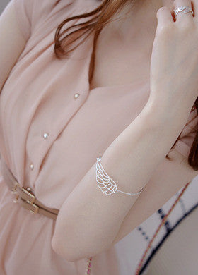 BUBBLE N CHIC<BR>Wing Bracelet