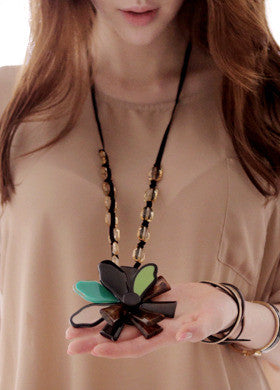 BUBBLE N CHIC<BR>Big One Flower Necklace