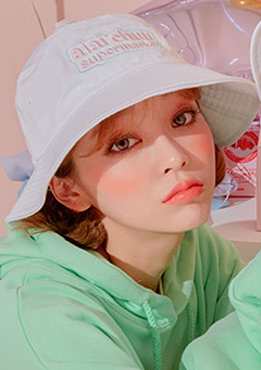 aiaichuu. Sour Cream Bucket Hat