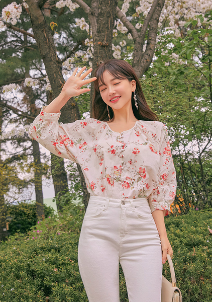 Lost In The Flower Garden Blouse
