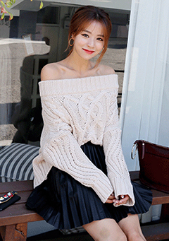 Pleated Off Shoulder Knit