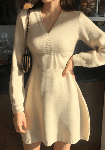 V-Neck Flare Knit Dress