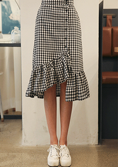 Gingham Check Frilled Asymmetric Skirt
