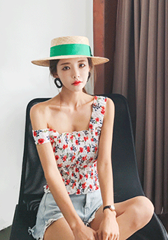 Floral Square Neck Crop Top