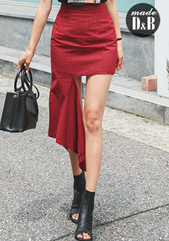 Asymmetric Cutout Hem Check Skirt