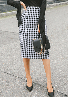 Button Accent Gingham Check Skirt