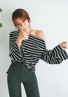 Striped Loose Off-Shoulder Top