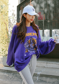 Drop Shoulder Graphic Print Oversized Sweatshirt
