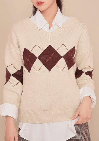 3Colors Argyle V-Neck Knit